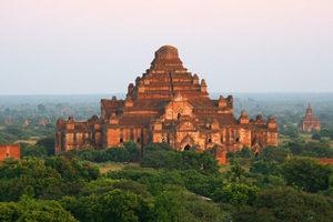 Dhammayangyi Tempel in Bagan
